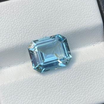 4.72 Cts Blue Aquamarine
