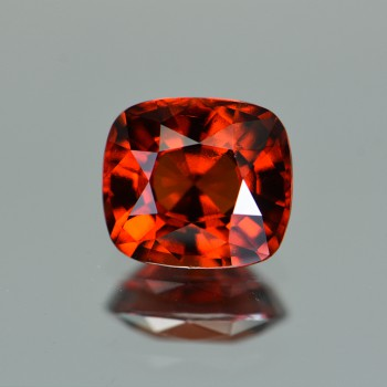 RED HESSONITE GARNET 4.64CTS GRH428