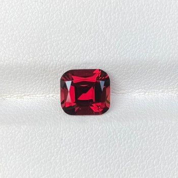 RHODOLITE RED GARNET