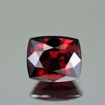RED GARNET  5.65CTS GTR123