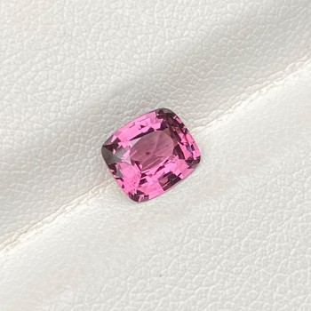 PINK SPINEL CUSHION 1.10