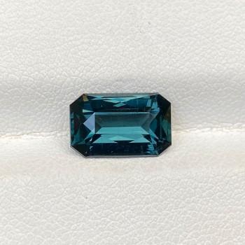 COBALT SPINEL BLUE OCTAGON