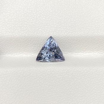GREY SPINEL TRIANGLE