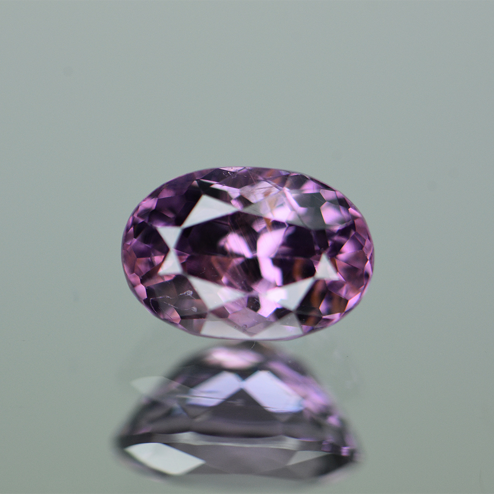 PURPLE SPINEL 1.55CTS SPP396