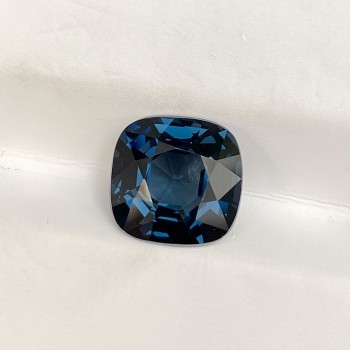 SQUARE CUSHION BLUE SPINEL