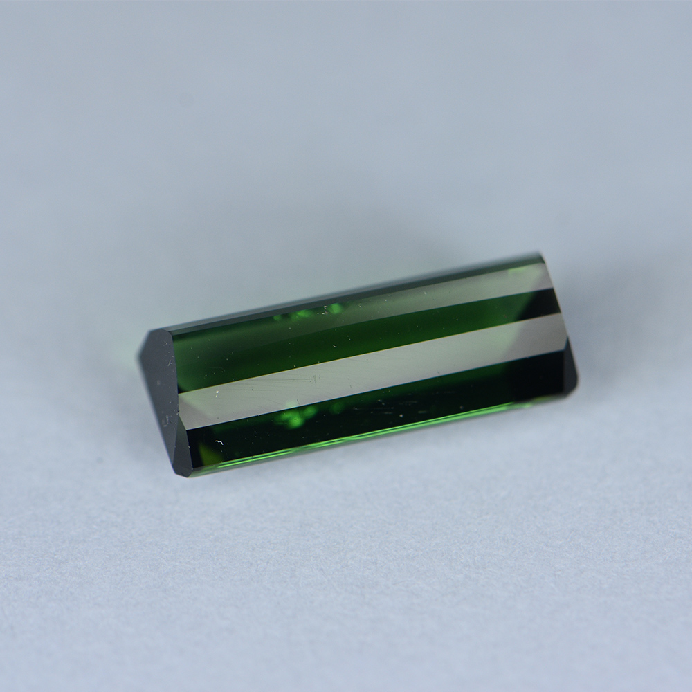 GREEN TOURMALINE 4.16CTS TRG1055
