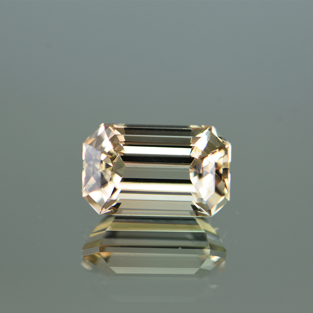 YELLOWISH PEACH TOURMALINE TRN1071