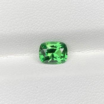VIVID GREEN TSAVORITE