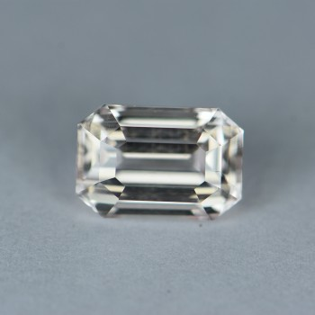 COLORLESS SAPPHIRE 3.42CTS WSN1039