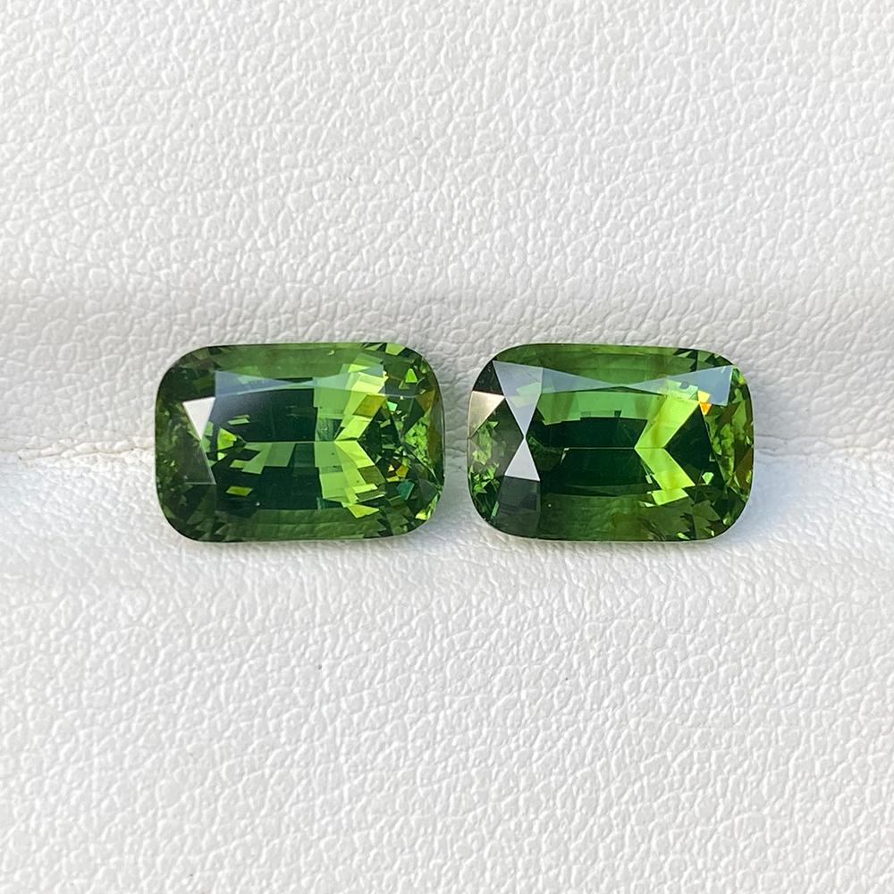 GREEN ZIRCON PAIR